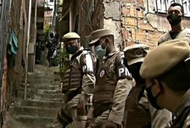 Bandidos que fizeram mulher refém em Brotas se entregam
